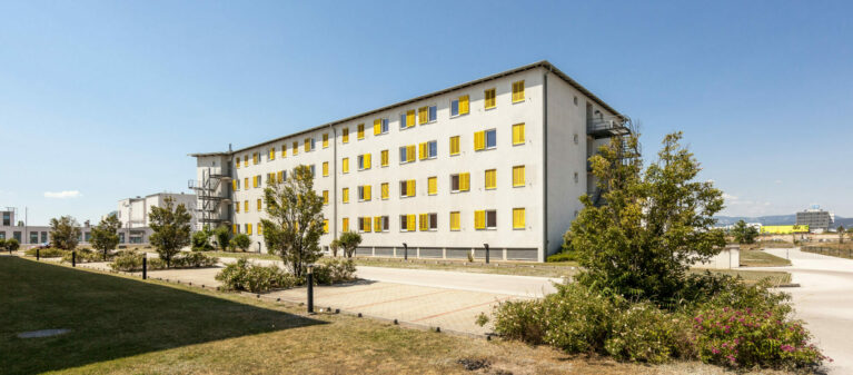 Außenansicht | Ernst Höger Studentenwohnhaus 2700 Wiener Neustadt