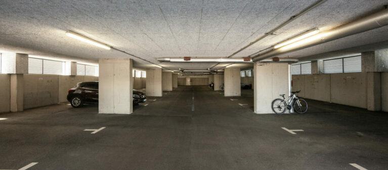 Garage | Ernst Höger Studentenwohnhaus 2700 Wiener Neustadt