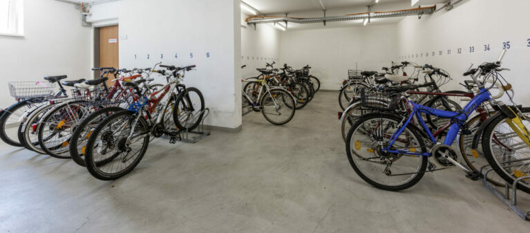bicycle storage room | Ernst Höger Dormitory 2700 Wiener Neustadt