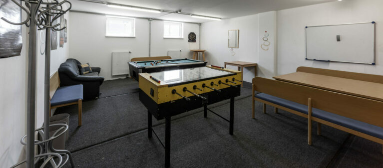Gemeinschaftsraum mit Billard | Ernst Höger Studentenwohnhaus 2700 Wiener Neustadt