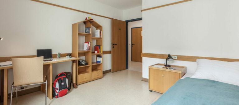 Einzelzimmer | Studierendenwohnheim Hirschengasse 1060  Wien