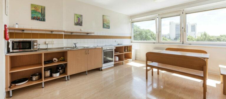 Gemeinschaftsküche | Haus Dr. Schärf 1200 Wien