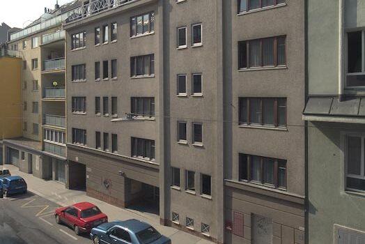64 Heimplätze im 5. Adolf Schärf Heim