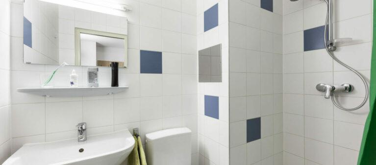 Badezimmer | StudentInnenwohnhaus Tendlergasse 1090  Wien