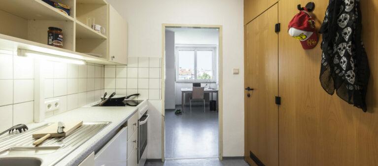 Küche im Zimmer | Haus Margareten 1040 Wien